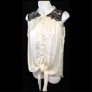 ALI & KRIS Cream w/ Black Lace Tie Blouse Lg. (A1)